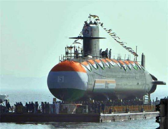 印度新型潜艇入役 印媒称尚不能与中国潜艇抗衡