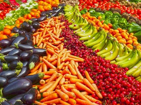 2017年第四季度全国食品样品抽检总体合格率为97.8%