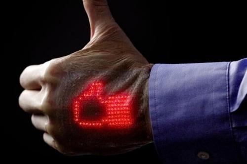 用手看心电图:日本开发薄膜显示屏 健康全知道