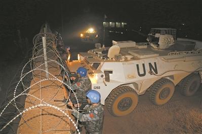 恐袭频发 中国赴马里维和部队强化夜间防卫演练