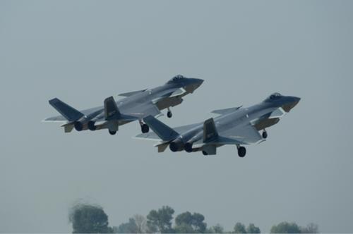 歼-20列装空军 披露了哪些秘密?