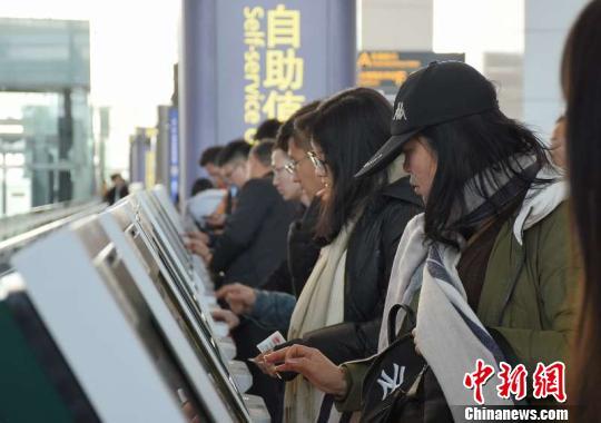 广东民航来节前客流出行高峰返乡航班爆满