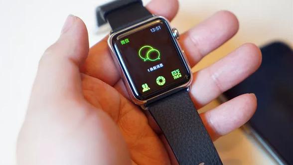 别了,SIM卡?以后你的苹果手表可以独立打电话了~