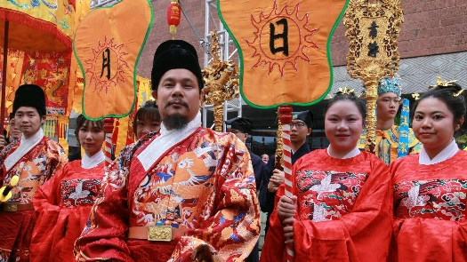 广州都城隍庙活动好热闹,东南亚来宾齐参加