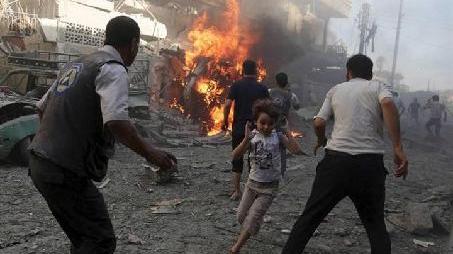 百余平民撤离叙利亚东古塔地区