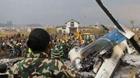 美媒:孟客机坠毁疑因着陆指示混乱 曾在低空不规律飞行