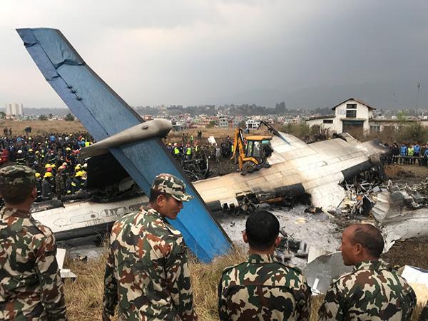 尼泊尔坠机事故原因众说纷纭,失事客机公司指责空管发错信号