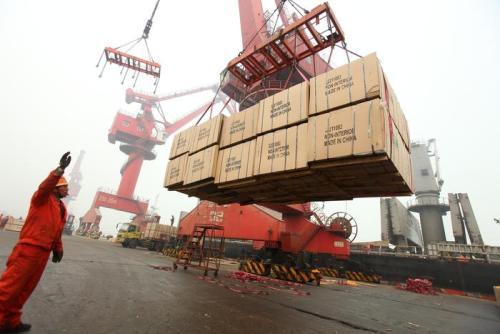 """一季度中国外贸增长9.4% """"一带一路""""市场潜力大"""