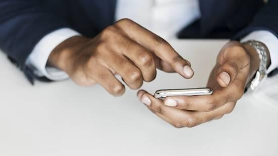 """垃圾短信""""退订回T""""成摆设 专家:建议用户不回复"""