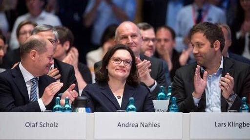 德国社民党召开党内大会 选举产生百年首位女党魁