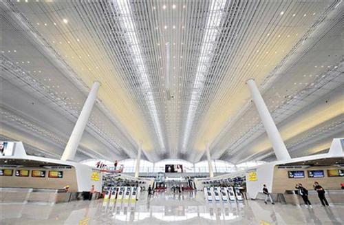 好消息!广州白云机场2号航站楼26日启用