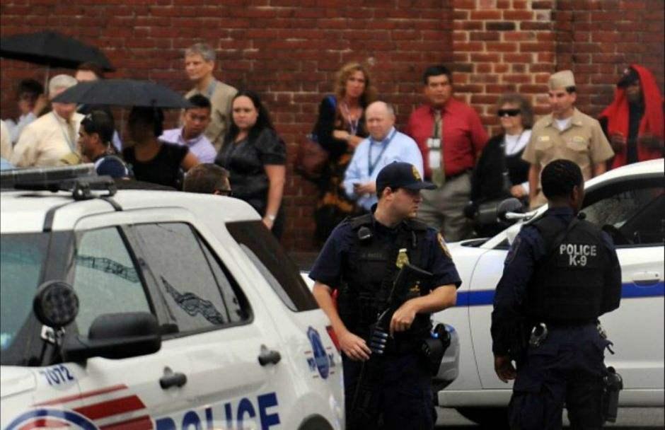 美国中部一餐厅发生枪击案 4人被打死