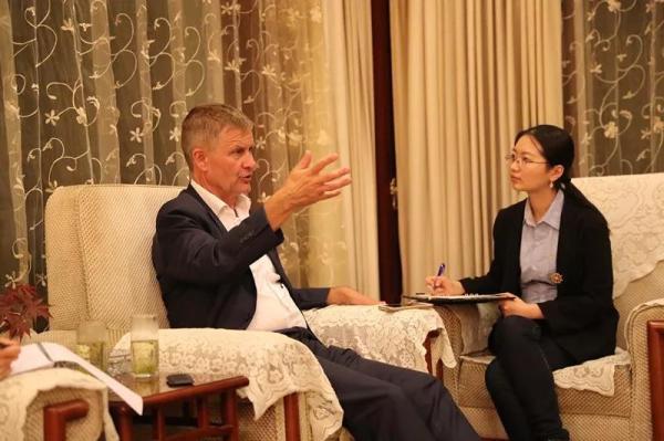 """联合国副秘书长力挺""""洋垃圾""""禁令:这是中国的正确选择"""