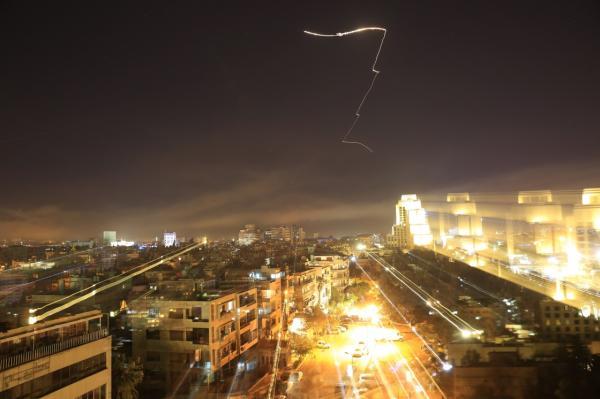 110枚导弹90分钟倾泻叙利亚,打击可能使中东局势升级