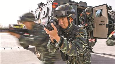 猎鹰突击队狙击冠军6次在国际特种兵赛场摘金夺银