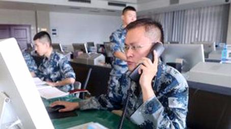 """人民空军为川航航班安全备降""""保驾护航"""""""