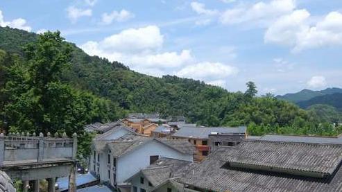 【美丽中国长江行】生态优先绿色发展,访黔贵大地,为大美贵州点赞!