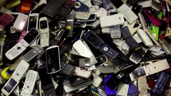 """二手号码麻烦多 手机号""""记忆""""隐患如何清扫?"""