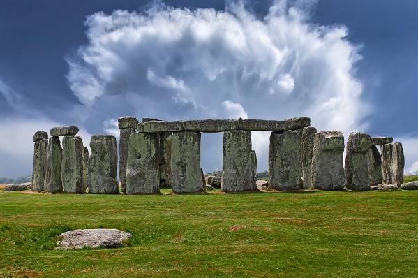 几块石头让人困惑几千年 英国巨石阵来源新说法