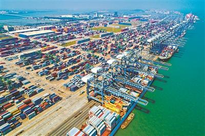 """广东自贸区新定位 打造""""两区一枢纽"""""""