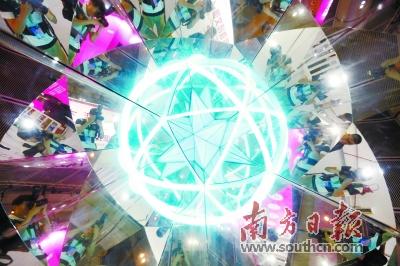 第十四届文博会在深圳开幕 展示文化改革和文化产业发展成就