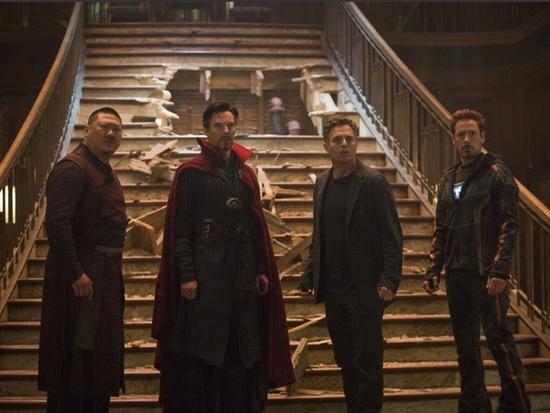 洛基《复仇者3》结局逆转 曝假扮浩克骗了全观众?