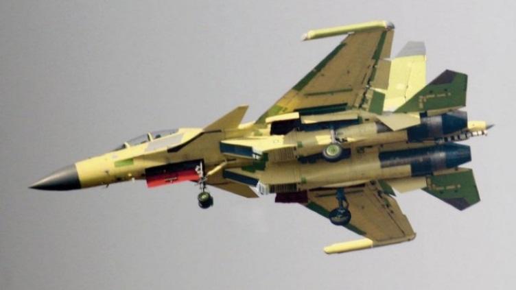 簡氏:中國正試飛殲15電子戰機 設計類似美軍EA18G