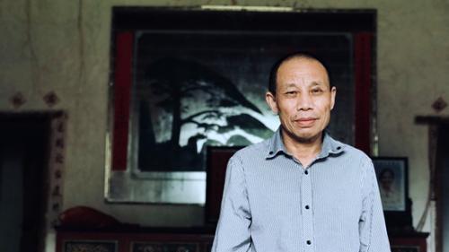 男子坐冤狱20年终获无罪释放:那些人能给我道歉吗?