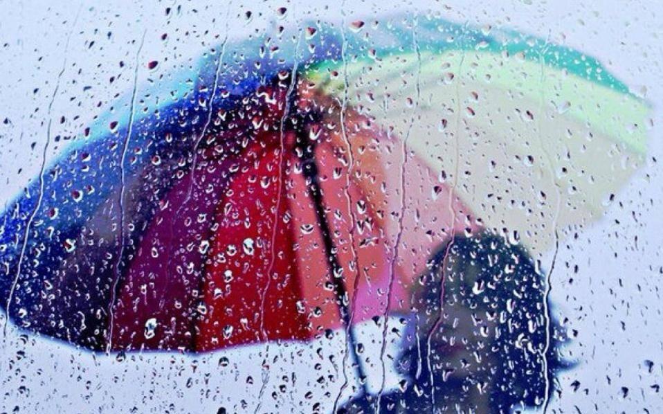 今起三天广州将有新一轮暴雨,红色暴雨预警生效可自动停课