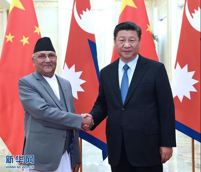 习近平会见尼泊尔总理奥利