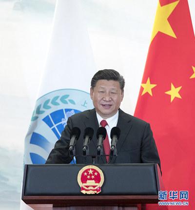 6月9日,国家主席习近平在青岛国际会议中心举行宴会,欢迎出席上海合作组织青岛峰会的外方领导人。这是习近平发表致辞。 (图片来源:新华社)