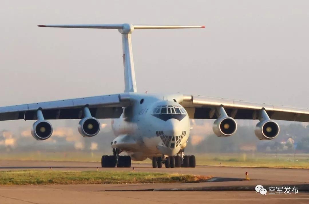 反对没用!中国军机又被获准降落菲达沃机场加油