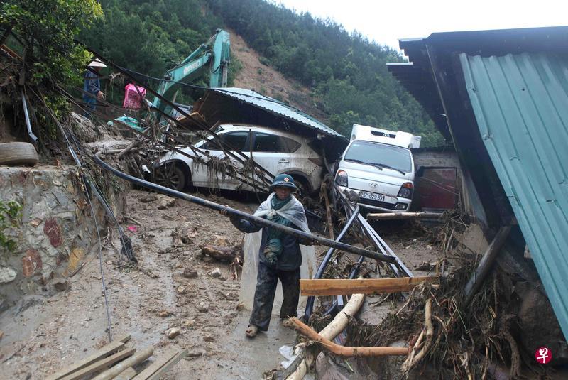 越南北部强降雨引发山洪 死亡人数增至15人