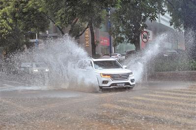 多日暴雨全省车险报案3.6万件 如何赔?