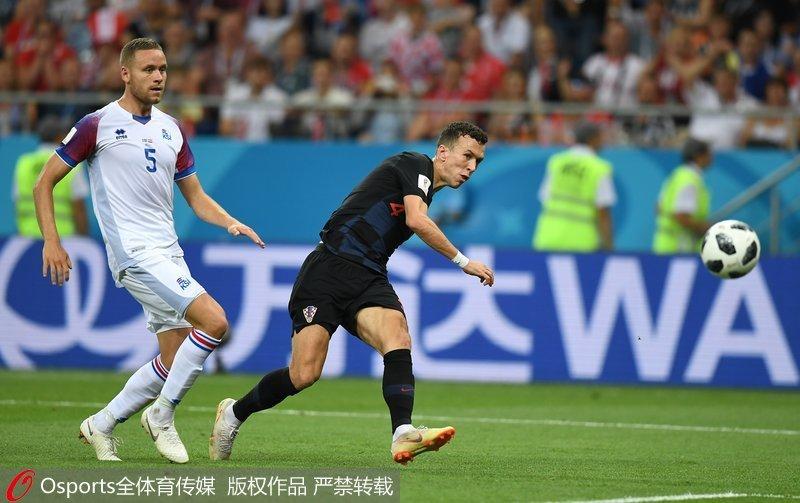 佩里西奇上演绝杀 克罗地亚2-1击败冰岛