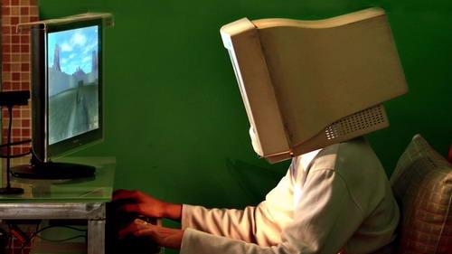英国收治首例网游成瘾者:沉迷游戏已休学一年