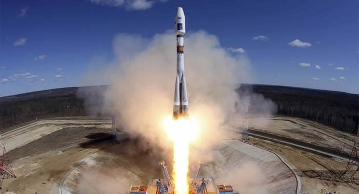 """俄""""进步MS-09""""飞船升空 尝试超短飞行计划"""