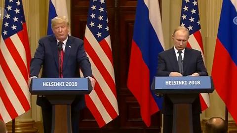 """特朗普在普京面前""""怂""""了?你这么说美国饶得了你!"""