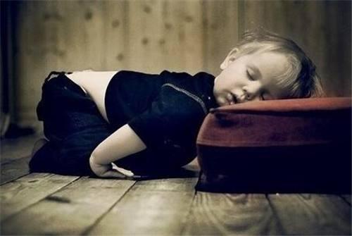 心理学家称:三大因素导致人们出现睡前拖延症