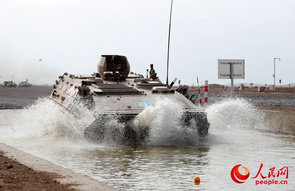 """中国工兵夺得国际大赛""""安全路线""""单项赛冠军"""