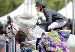 中国马术骑手海外参赛获赞誉