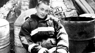 从军12年参与抢险3000余次 消防回乡探亲时救人牺牲