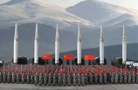 火箭军某旅建章立制推进首长机关精准施训