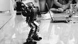 格斗、消防、冲奶茶,机器人越来越专业了