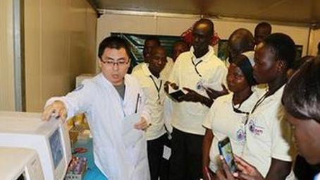 我赴南苏丹维和医疗分队为出兵国举办急救技能培训