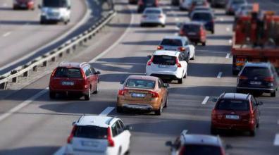 去年全国收费公路减免通行费821.7亿元 同比增19.2%