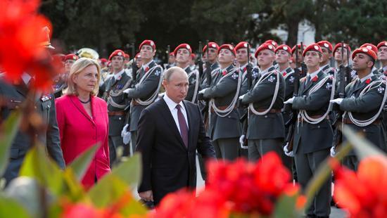 普京将赴奥地利女外长婚礼 眼镜蛇特种部队出动