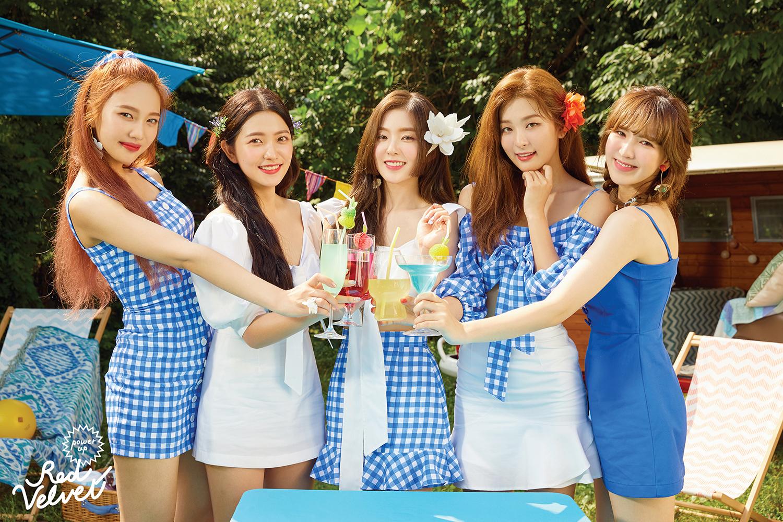 """""""夏日主宰""""Red Velvet 1位持续进行中"""