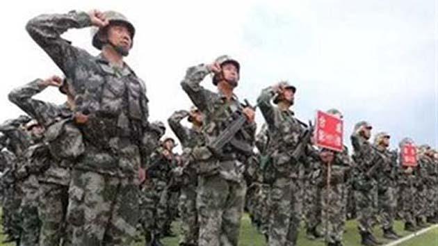 """陆军举行""""百连万人""""新条令比武考核"""