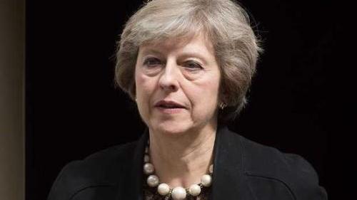 """英国脱欧倒计时 梅首相对""""地位不保""""论感""""恼怒"""""""